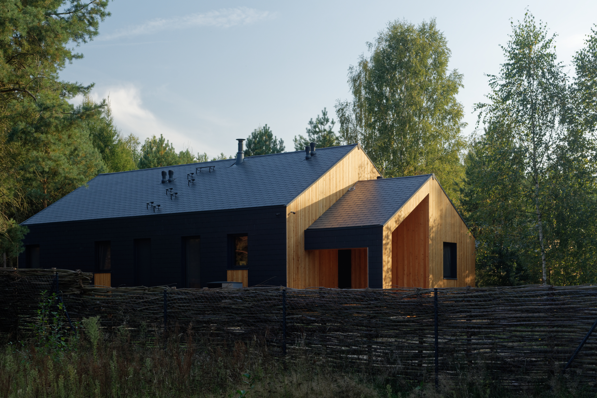 Dom nad jeziorem_1